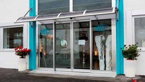 Illuminazione elfi spa for Illuminazione negozi